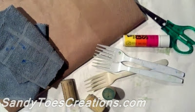 Sandy Toes Creations- Art Projects for Kids- Exploring Texture and Color
