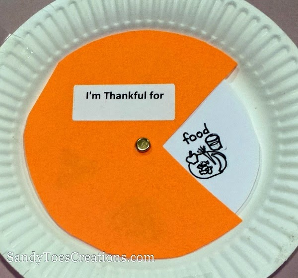 Simple Thanksgiving crafts for kids to learn gratefulness and thankfulness. Educational DIY projects using common household items