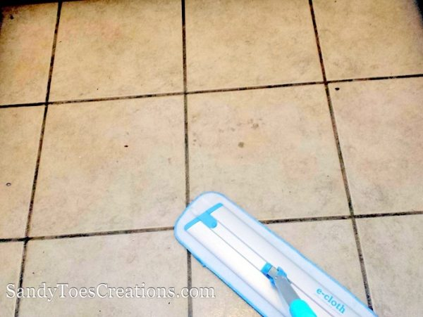 naturally cleaning tile floors #natural #naturalcleaningtips
