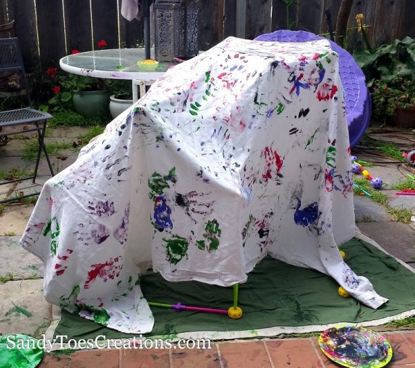encourage innovation through building forts with kids