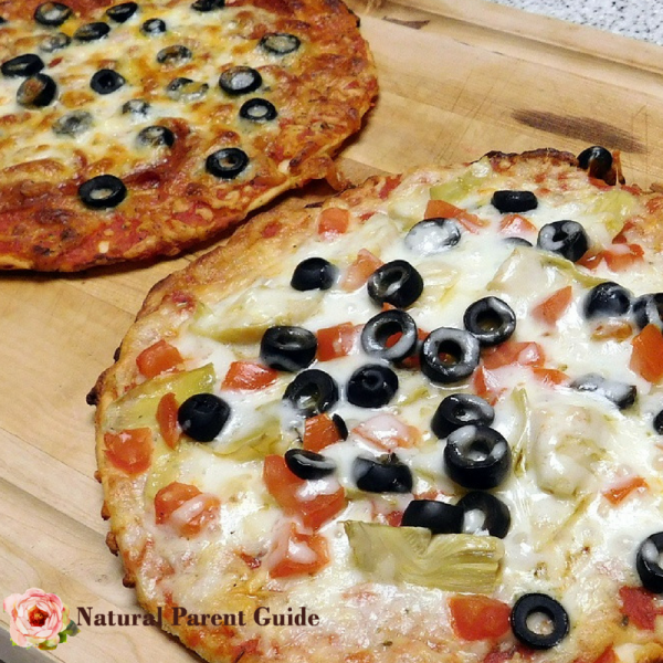 personal gluten free pizza | family pizza night recipe | gluten-free pizza | gf DIY personal pizzas