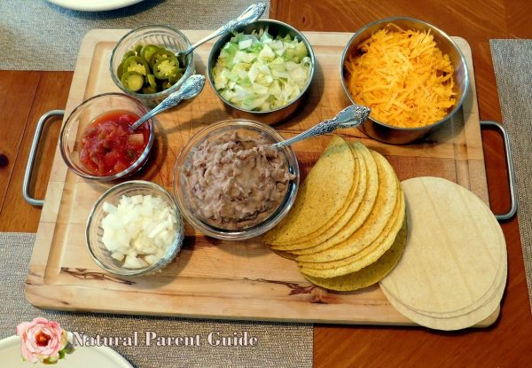Easier taco night with these family taco night tips | clean eating tacos | healthy taco fixings | gluten free taco recipe