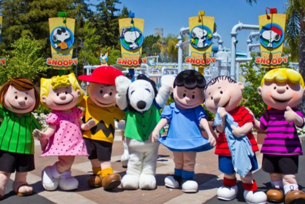 Meet the Peanuts Gang Charlie Brown and Snoopy at Californias Great America
